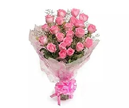Floralbay Pink Roses Bouquet Fresh Flowers in Cellophane Wrapping (Bunch of 15)