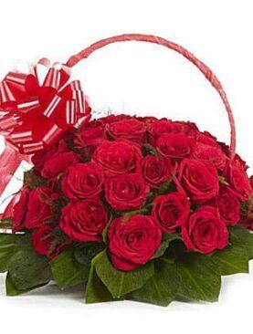 Floralbay Fresh Flower Red Roses Special Handle Basket (Basket of 30)